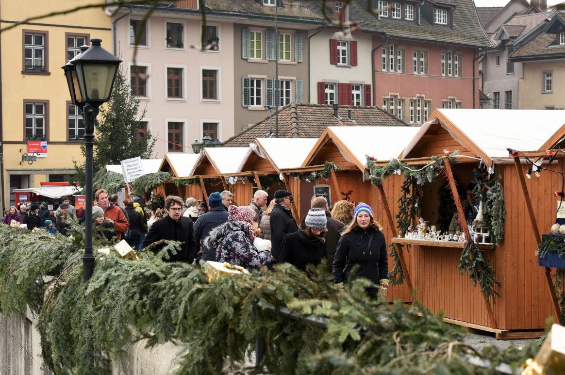 Weihnachtsmarkt Laufenburg.Verkauf Dienstleistungen Frick Laufenburg Grenzenloses