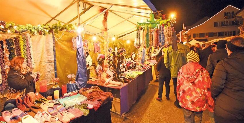 Weihnachtsmarkt Laufenburg.Verkauf Dienstleistungen Frick Laufenburg Einstimmung Auf Die